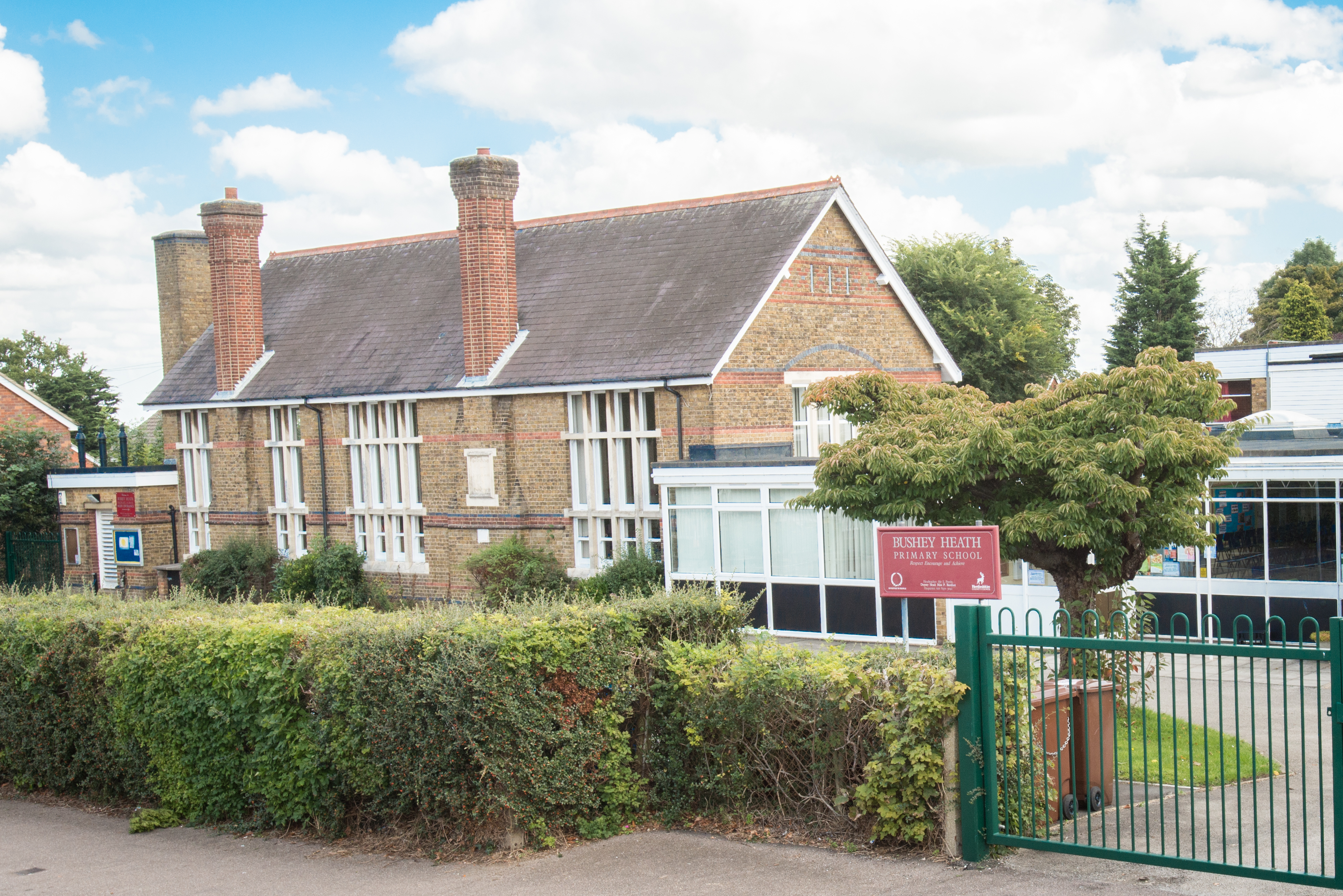 teacher recruitment   hertfordshire uk